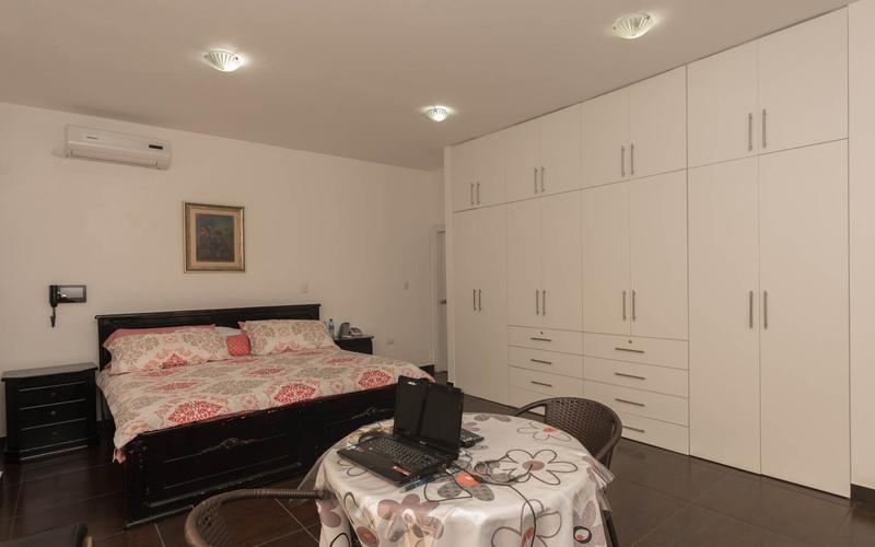 Master Bedroom Manta, Ecuador Nikon D7500 by Lourdes Mendoza