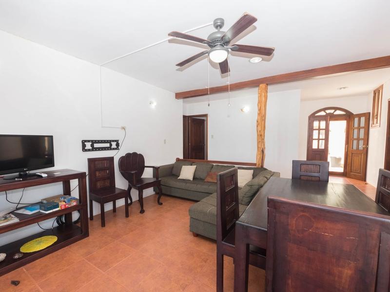Living room Jama, Ecuador Nikon D7500 by Lourdes Mendoza